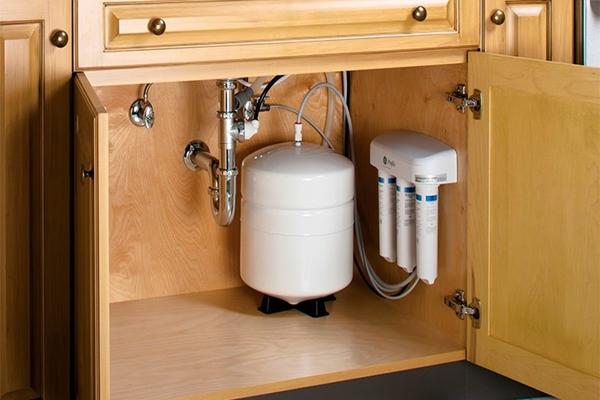 фильтрующих систем для очистки воды под мойку