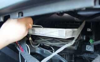 Как поменять салонный фильтр на Опель Астра J своими руками
